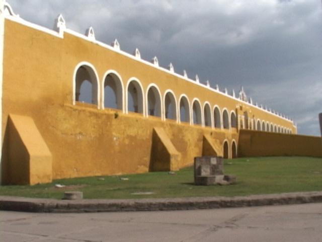 izamal-mexico-08