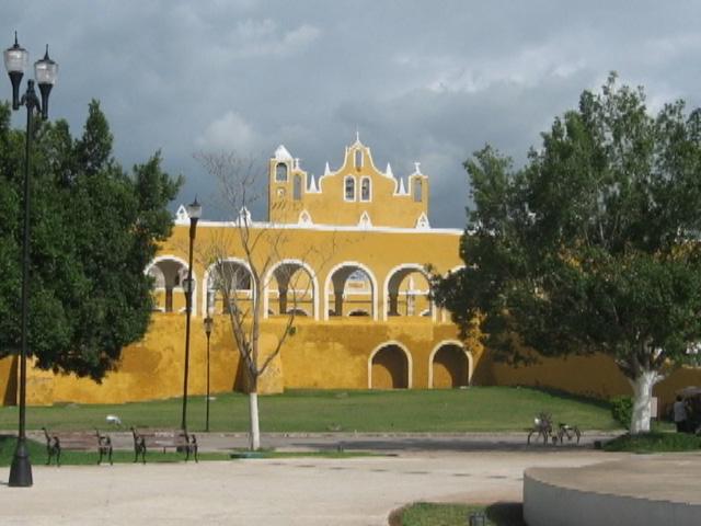 izamal-mexico-19