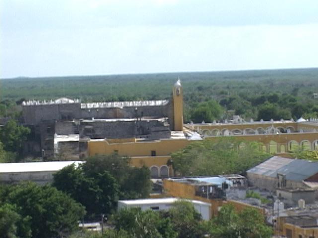 izamal-mexico-36